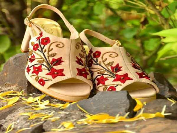 colaba causeway sandals