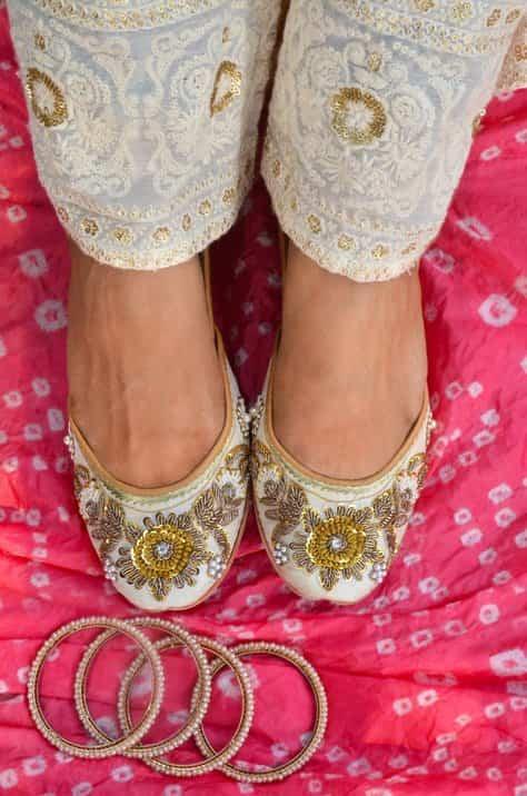 colaba causeway shoes