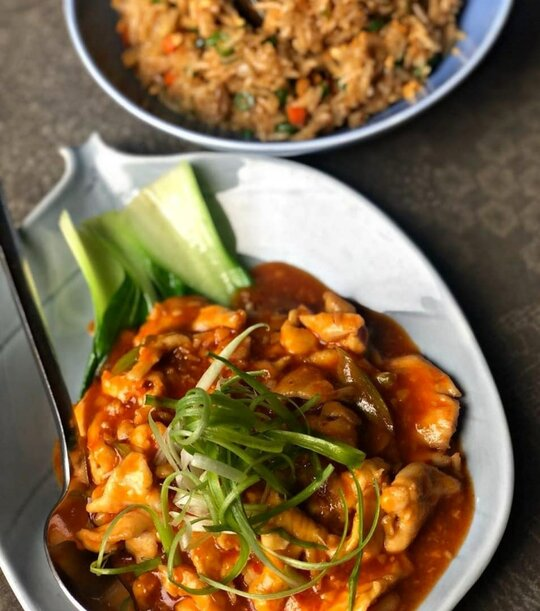 shibuya_wok_fried_tossed_in_thai_lime-chilli_sauce_with_bok_choy